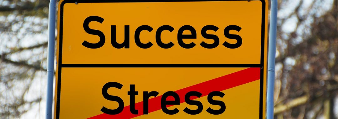 Stressbewältigung durch Yoga, Yoga im Büro, Business Yog, Achtsamkeit
